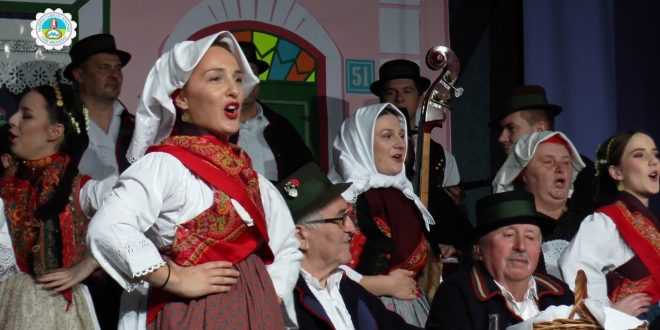 """""""Mladost i ljepota Slavonije"""" u Starim Mikanovcima"""