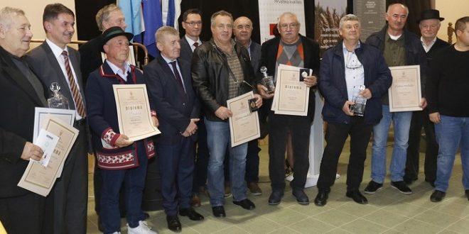 U Semeljcima dodijeljene nagrade najboljim proizvođačima rakija i likera