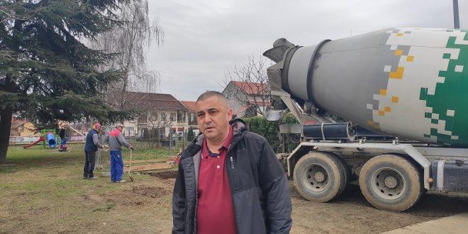 Vinković traži obustavu radova javnog wc-a