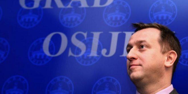 """Krešimir Bubalo: """"Želim živjeti za politiku, a ne od politike"""""""