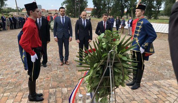 Počast poginulim i umrlim hrvatskim braniteljima povodom Dana OBŽ