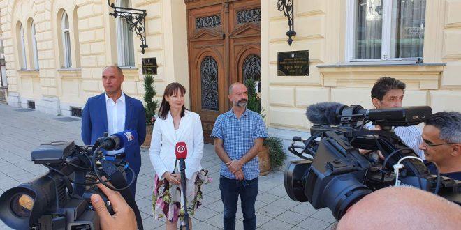VUČEMILOVIĆ: U kampanji je župan obećavao sigurnost, a nije u stanju obraniti stanovnike županije od komaraca
