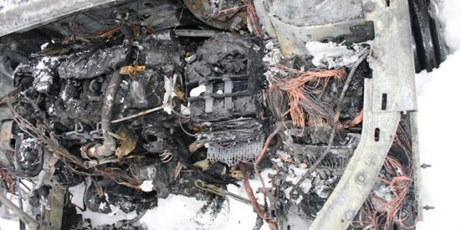 Kuševac: Zapalio se automobil u vožnji