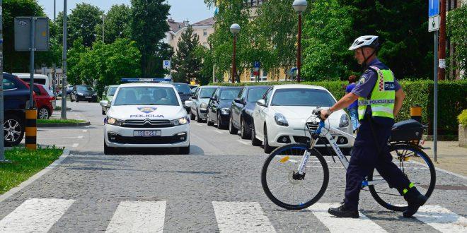 Biciklisti i motociklisti danas pod povećalom policije