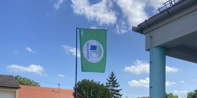 """OŠ ,,Ivana Brlić-Mažuranić"""" Strizivojna obilježila dan škole podizanjem Zelene zastave"""