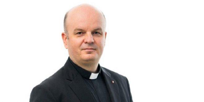 Velečasni Fabijan Svalina biskup koadjutor Srijemske biskupije